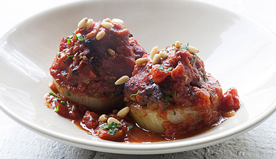 [Photo: Baked Onions Stuffed with Minced Lamb and Tomatoes]